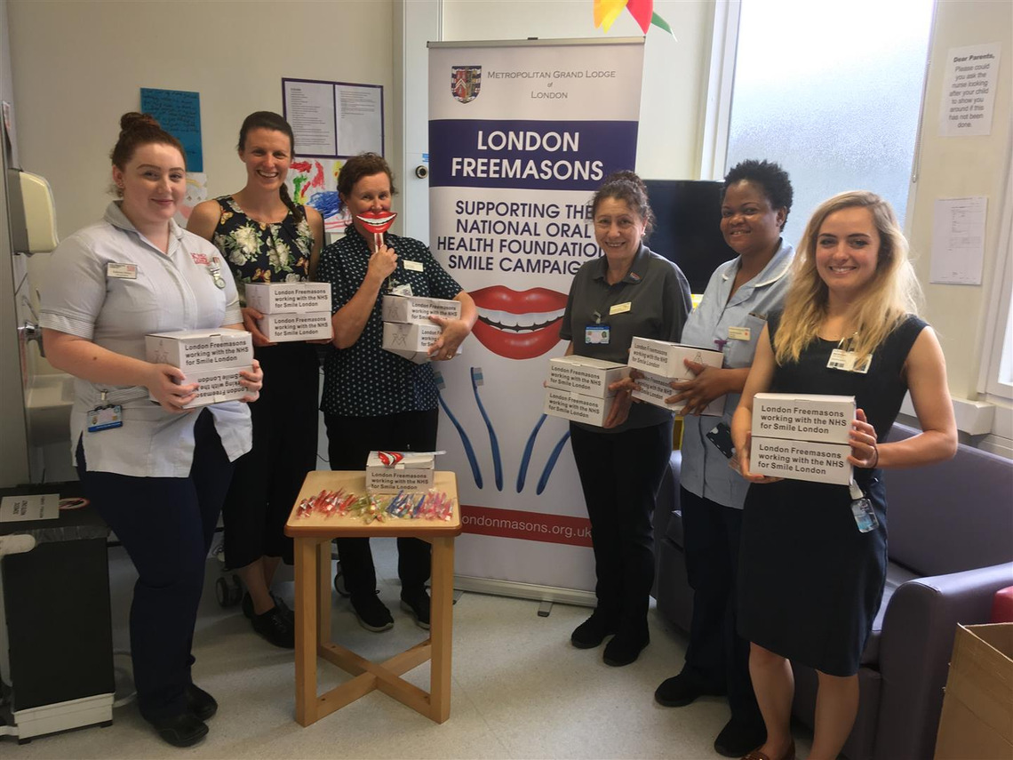 40 000 TOOTHBRUSHES RAISE SMILES ACROSS LONDON