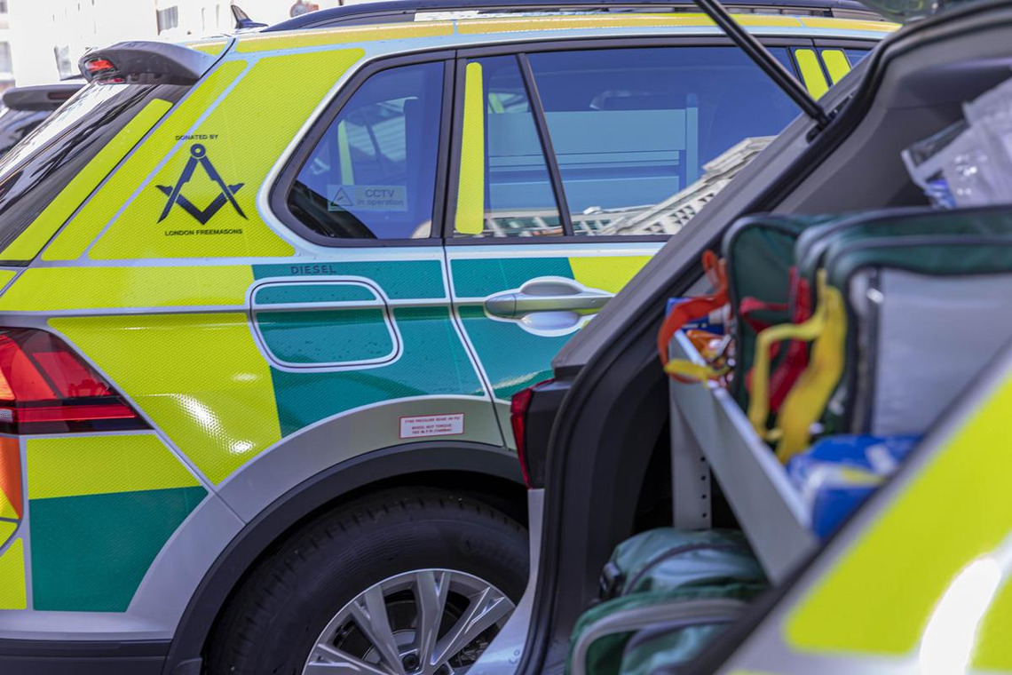 Metropolitan Grand Master presents three rapid response cars to the London Ambulance Service